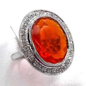 Anello, margherita oro, opale di fuoco- 6-6.5 ct e diamanti - 0.50-0.55 ct. 3.91 gr.