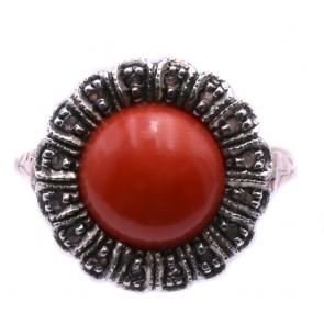 Anello circolare in stile corallo, oro - e diamanti;