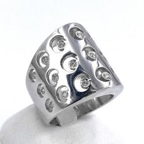 Anello maxi fascia, in oro e diamanti -0.25-0.30 ct totali; 15.1 gr