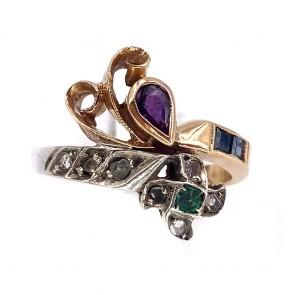 Anello in stile vintage oro, rubini, zaffiri, smeraldi e diamanti