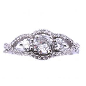 Anello trilogy in stile oro e diamanti