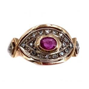 Anello in stile oro, rubino e diamanti