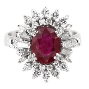 Anello maxi margherita di rubino - 2.45 ct - e diamanti