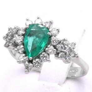 Anello goccia oro, smeraldo - 0.75 ct - e diamanti - 0.55 ct; 3.91 gr