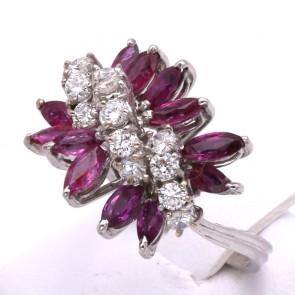 Anello oro con spole rubino - 1.20-1.30 ct - e diamanti - 0.75-0.85 ct; 6.58 gr