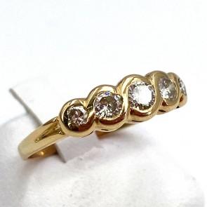 Anello riviera, oro giallo e diamanti - 0.50-0.55 ct; 3.01 gr