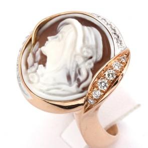 Anello Silvia Kelly cammeo in stile oro e diamanti - 0.40-0.45 ct; 15.7 gr