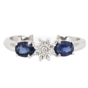 Anello fascia oro, margherita circolare diamanti e zaffiri