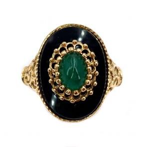 Anello ovale in stile vintage oro traforato, onice, smeraldo.