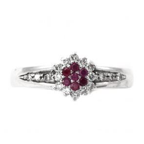 Anello margherita, oro, rubini  e diamanti