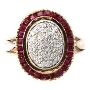 Anello toppa in stile, oro con rubini