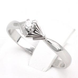 Anello solitario, motivo geometrico, oro e diamante - 0.06-0.07 ct; 2.67 gr