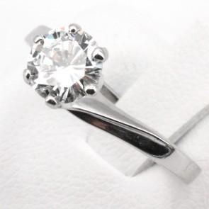 Anello solitario oro e diamante - 0.99 ct, G-VS1; 2.85 gr