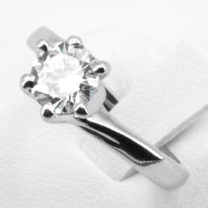 Anello solitario oro e diamante - 1.17 ct, L-VS1; 4.6 gr