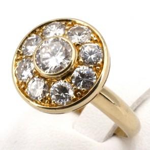 Anello toppa circolare oro e diamanti -solitario centrale 0.50-0.55 + 1.10-1.20 ct; 6.4 gr