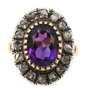 Anello toppa in stile oro, ametista e diamanti