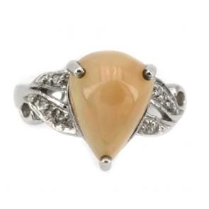 Anello in argento con opale a goccia e zirconi