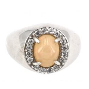 Anello in argento con opale e zirconi