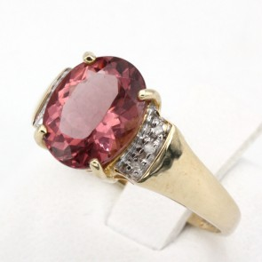 Anello oro, apatite rosa e diamanti - 0.026 ct ; 2.65 gr