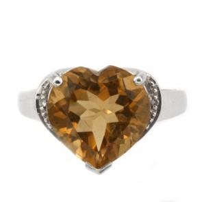 Anello in argento con maxi cuore di quarzo citrino e zirconi