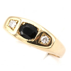 Anello fascia uomo oro, zaffiro - 0.70-0.80 ct - e diamanti - 0.16-0.18 ct; 6.58 gr