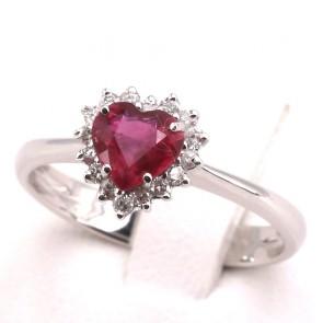 Anello oro cuore rubino - 0.90 ct- e diamanti - 0.35 ct; 2.7 gr
