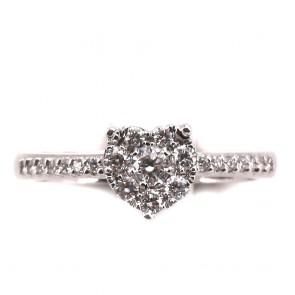 Anello cuore in oro e diamanti