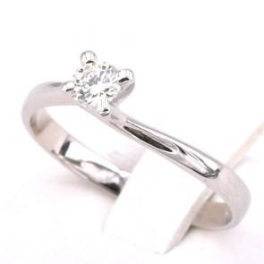 Anello solitario, montatura modello Valentino, oro e diamante - 0.25 ct; 2.13 gr