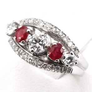 Anello fascia/riviera rubini - 0.80 ct- e diamanti - 0.55 ct; 5.92 gr