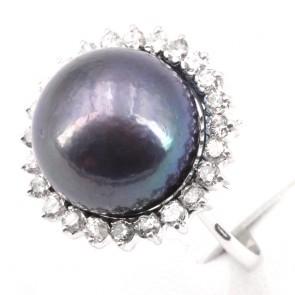 Anello maxi perla tahitiana, oro e diamanti; 10.36 gr