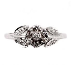 Anello fiore, oro e diamanti