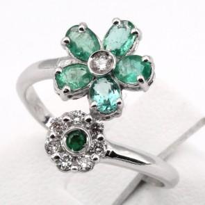 Anello contrariè doppio fiore oro, smeraldi - 1.10 ct - e diamanti - 0.18 ct ; 3.24 gr