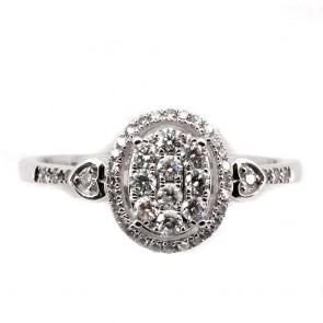 Anello toppa ovale oro e diamanti