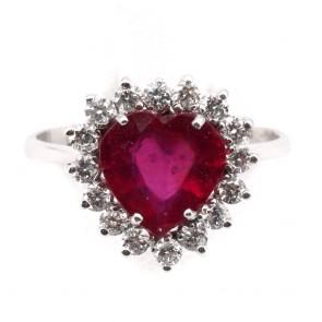 Anello oro cuore rubino - 3.45 ct- e diamanti