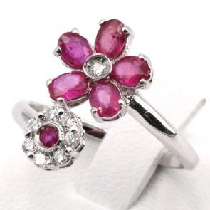 Anello contrariè doppio fiore oro, rubini - 1.10 ct - e diamanti - 0.18 ct ; 3.38 gr