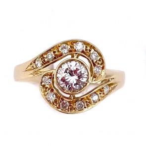 Anello solitario toppa circolare oro e diamanti