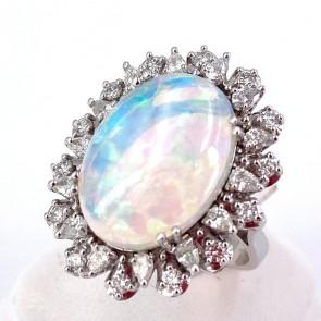 Anello, oro, maxi margherita opale - 5.7 ct e diamanti - 1.24 ct. 8.85 gr.
