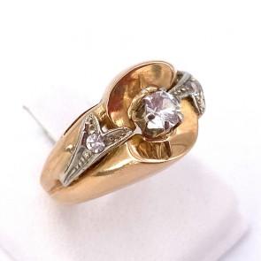 Anello in stile, vintage oro e zircone; 6.90 gr