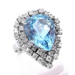 Anello oro, maxi goccia acquamarina - 2.7 cm x 2.2 cm - 9.8 ct - e diamanti - 2.45 ct; 10.22 gr