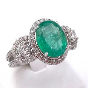Anello capolavoro fascia e margherita oro, smeraldo - 3.59 ct - e diamanti - 1.23 ct; 7.82 gr