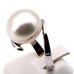 Anello maxi perla australiana e oro; 13.6 gr