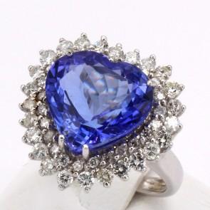 Anello oro, cuore tanzanite -9.10-9.20 ct- e diamanti -1.70-1.80 ct; 7.83 gr