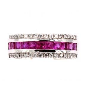 Anello fascia oro, rubini - 1.33 ct - e diamanti