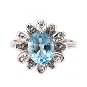 Anello margherita oro, ovale acquamarina e diamanti