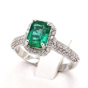 Anello margherita rettangolare oro, smeraldo - 1.12 ct - e diamanti - 0.88 ct ; 4.28 gr