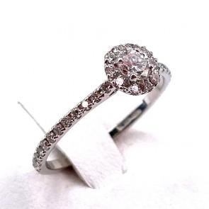 Anello margherita circolare-riviera oro e diamanti -0.48 ct; 1.74 gr