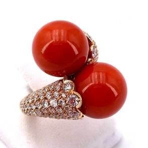 Anello maxi contrariè boulle corallo da 13.5 mm, oro e diamanti - 2.85 ct; 17.21 gr