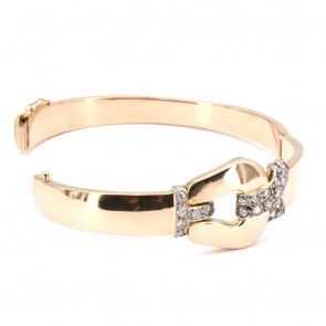 Bracciale rigido con fibbia, oro e diamanti - 0.870-0.90 ct-  27.6 gr. 5.8 cm x 4.8 cm