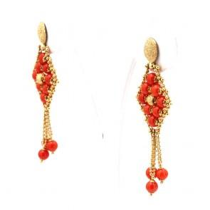 Orecchini pendenti tessiti in stile oro e corallo rosso - 6.42 gr; 4.5 cm