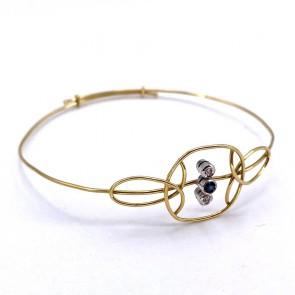 Bracciale a cerchio rigido in filo d'oro, mini zaffiro e  mini diamanti - 4.09 gr